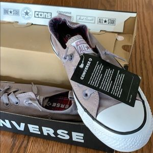 NWT Converse shoes